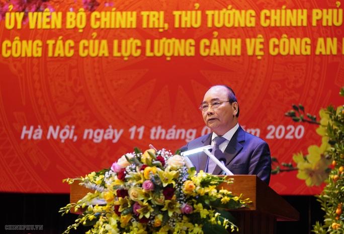 Kiểm tra công tác cảnh vệ, Thủ tướng đề cập vụ Đồng Tâm - Ảnh 4.