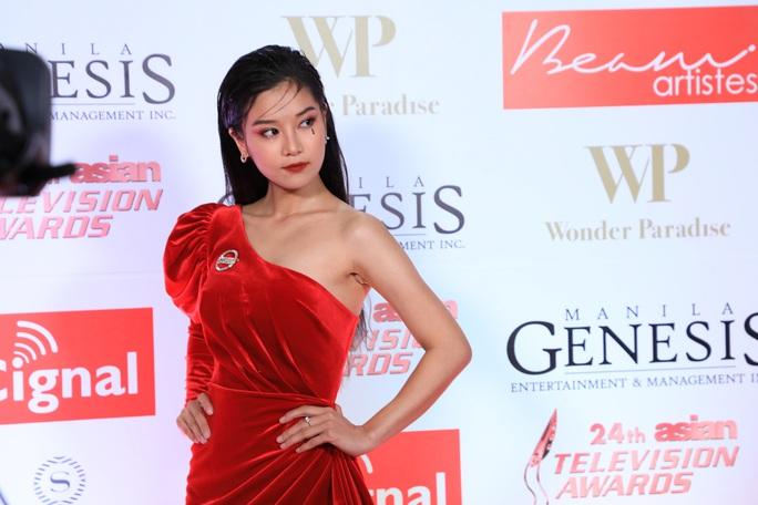 Hoàng Yến Chibi đẹp hút hồn trên thảm đỏ - Ảnh 2.