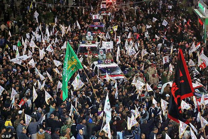 Sóng gió chưa yên, thêm chỉ huy cấp cao thân Iran bị ám sát - Ảnh 2.