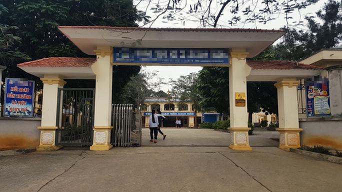 Điều tra đường dây môi giới, ép hàng loạt nữ sinh THCS tại Hà Nội bán dâm - Ảnh 1.