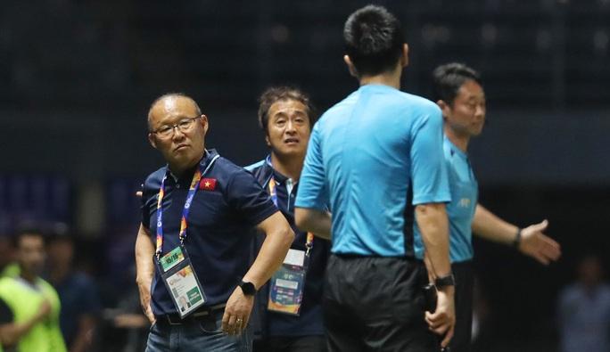 HLV Park Hang-seo: Cứ thắng Triều Tiên rồi hãy nghĩ đến trận UAE - Jordan - Ảnh 1.