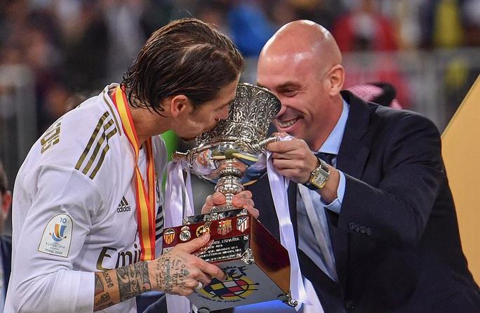 Thắng luân lưu nghẹt thở, Real Madrid đoạt Siêu cúp Tây Ban Nha - Ảnh 8.