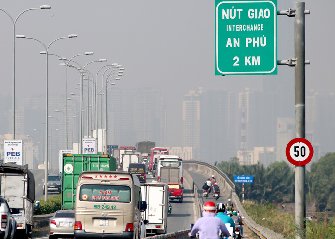 CLIP: 1 xe bốc cháy, cao tốc TP HCM - Long Thành - Dầu Giây kẹt kinh hoàng - Ảnh 7.