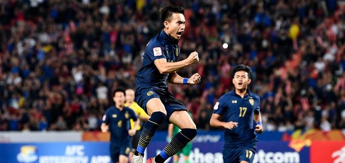 Thái Lan vỡ òa sung sướng vượt qua vòng bảng, vào tứ kết U23 châu Á 2020 - Ảnh 4.