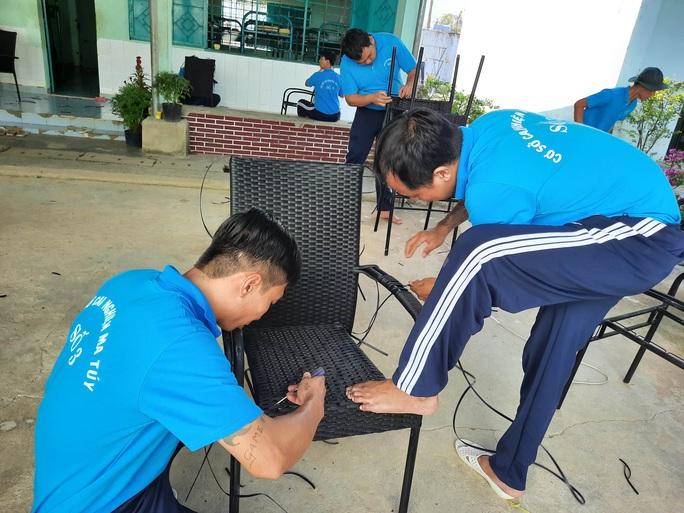 Đoàn công tác TP HCM chúc Tết, mong học viên cai nghiện sớm đoàn tụ gia đình - Ảnh 3.