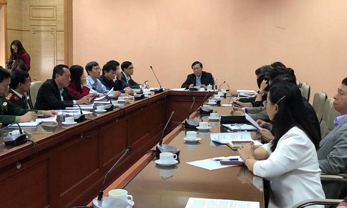 Phát hiện 2 người Trung Quốc ở Vũ Hán nghi bị viêm phổi cấp tại sân bay Đà Nẵng - Ảnh 2.