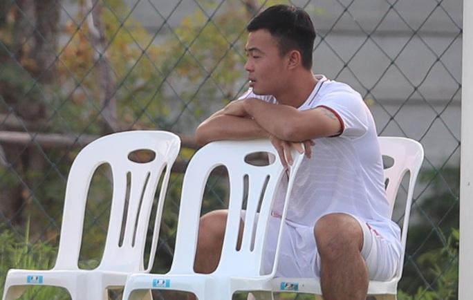 U23 Việt Nam - Triều Tiên: Đổi tiền vệ trung tâm, đẩy Quang Hải trở lại cánh - Ảnh 1.