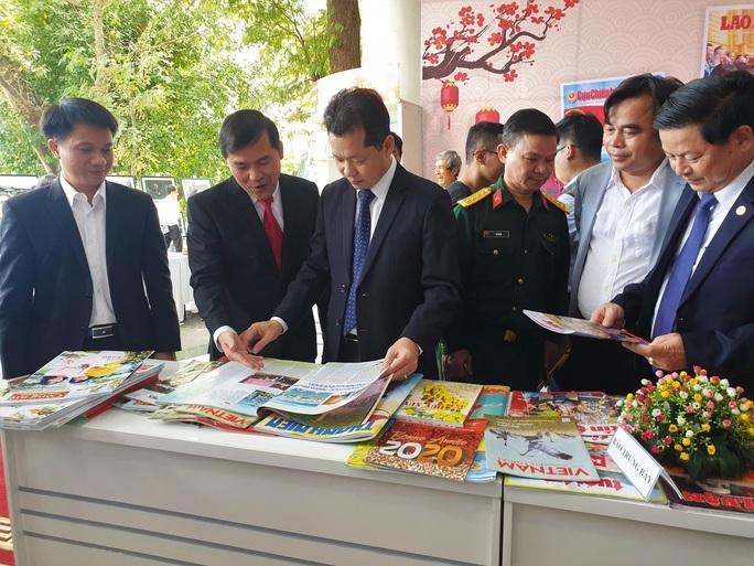 800 ấn phẩm tham dự Hội Báo xuân Canh Tý 2020 TP Đà Nẵng - Ảnh 2.