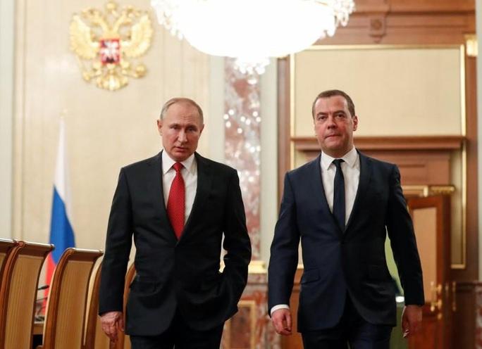 Cải cách hiến pháp, Tổng thống Putin tính đường xa - Ảnh 2.