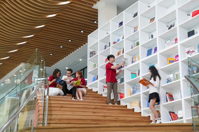 Cận cảnh trường đại học ngàn tỉ đẳng cấp 5 sao đầu tiên tại Việt Nam - Ảnh 15.