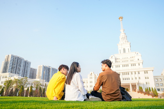 Cận cảnh trường đại học ngàn tỉ đẳng cấp 5 sao đầu tiên tại Việt Nam - Ảnh 24.