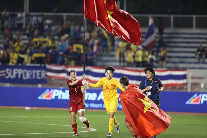 Bị tố xù tiền thưởng đội tuyển bóng đá nữ Việt Nam, công ty Đức Giang nói gì? - Ảnh 3.