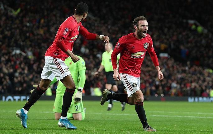 Người hùng Juan Mata đưa Man United vượt vòng 3 FA Cup - Ảnh 4.