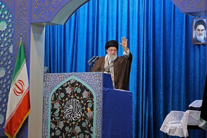 Iran gồng mình trước áp lực quốc tế - Ảnh 1.