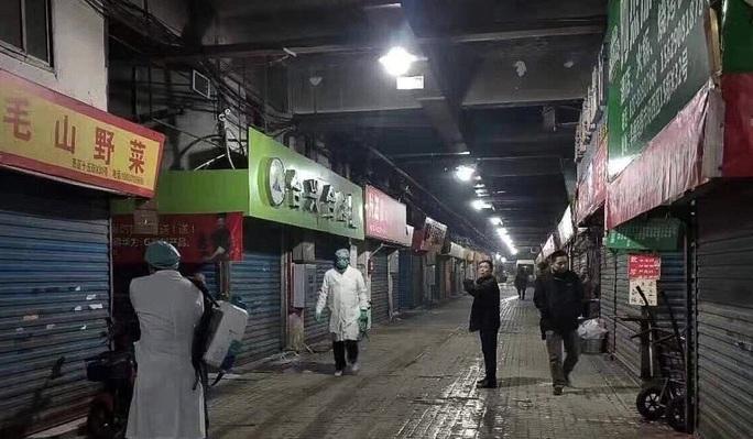 Trung Quốc ghi nhận thêm trường hợp tử vong liên quan bệnh lạ ở Vũ Hán - Ảnh 1.