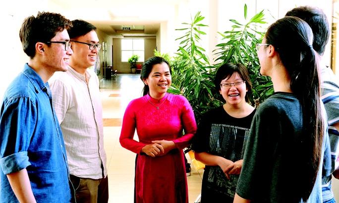 PGS-TS Nguyễn Thị Hiệp: Trở về để dấn thân - Ảnh 1.