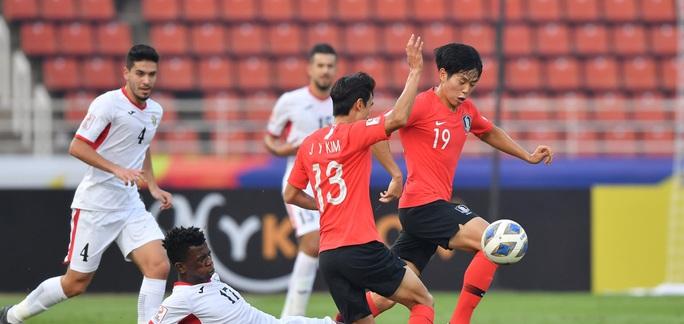Lách khe cửa hẹp, Hàn Quốc đoạt vé vào bán kết U23 châu Á 2020 - Ảnh 1.