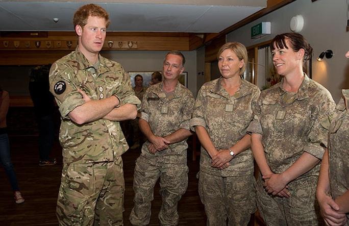 Hoàng tử Harry và Công nương Meghan mất danh hiệu hoàng gia - Ảnh 2.