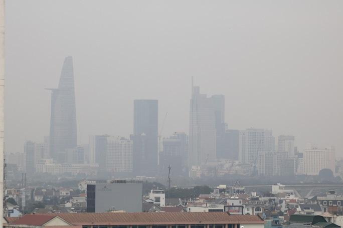 Ô nhiễm không khí mang tên mù khô: Không thể lửng lơ giải pháp! - Ảnh 1.