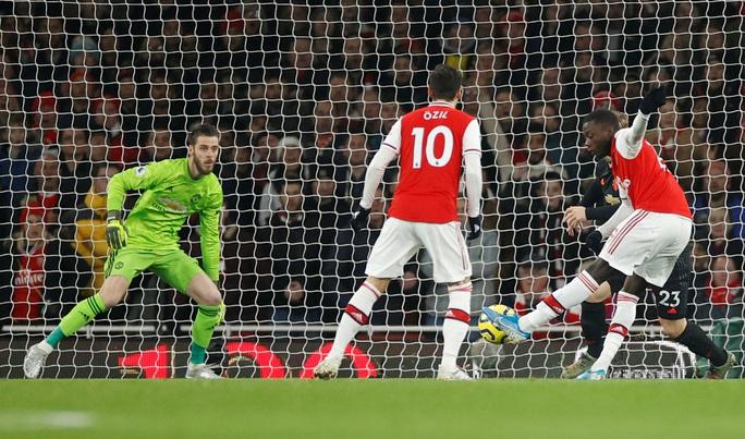 Vùi dập Man United, Arsenal thắng tưng bừng đại chiến - Ảnh 3.