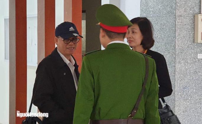 Luật sư đề nghị tòa triệu tập 2 ông Hoàng Tuấn Anh và Huỳnh Đức Thơ - Ảnh 2.