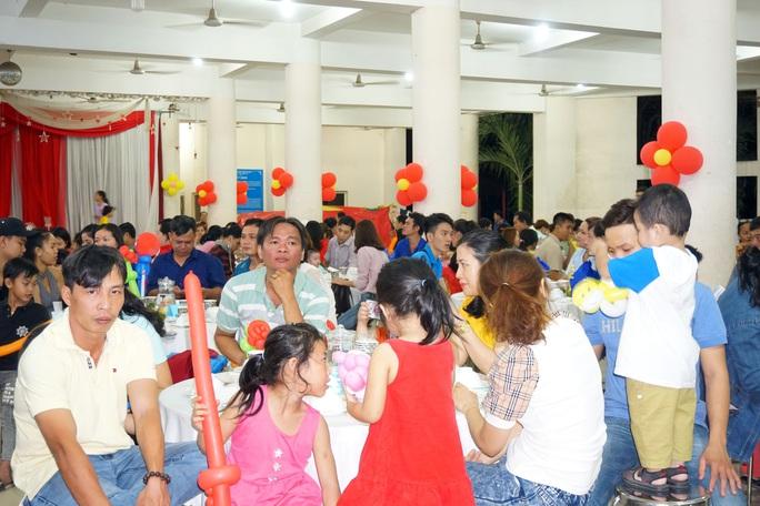 TP HCM: Gần 400 gia đình công nhân đón Tết sum vầy  - Ảnh 4.