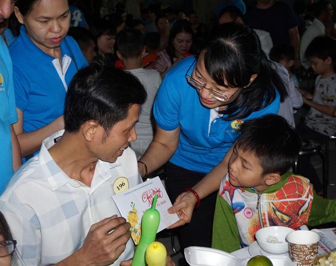 TP HCM: Gần 400 gia đình công nhân đón Tết sum vầy  - Ảnh 1.