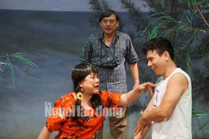 Nghệ sĩ Ái Như chăm chút cho Tình yêu trời đánh - Ảnh 1.