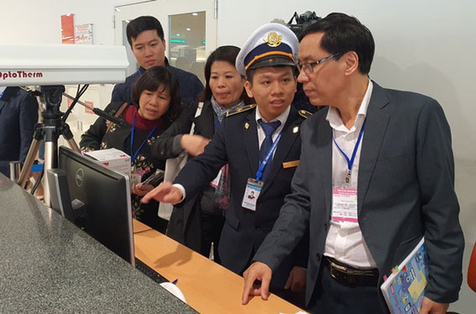 Việt Nam chủ động ứng phó dịch bệnh viêm phổi cấp - Ảnh 1.