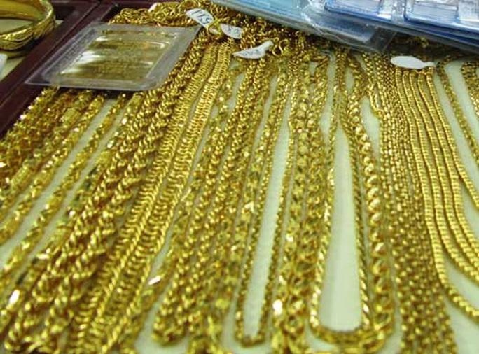 Tăng sốc, vàng nhẫn 24K vượt 45 triệu đồng/lượng - Ảnh 1.