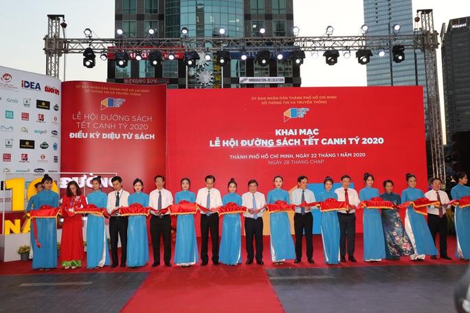 Báo Người Lao Động đoạt giải nhất bìa báo xuân đẹp và ấn tượng năm 2020 - Ảnh 1.