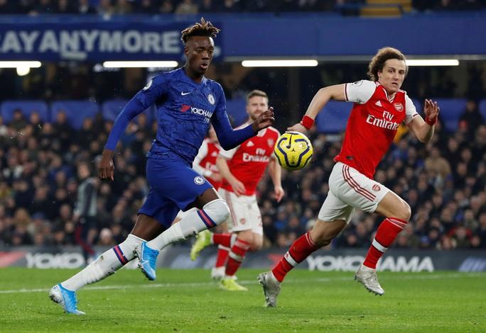 Mãn án phạt FIFA, Chelsea vung tiền chiêu mộ vua kiến tạo - Ảnh 2.