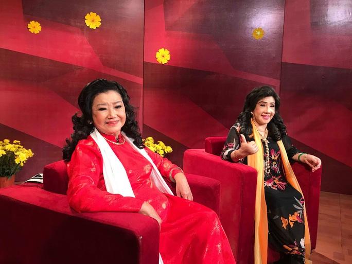 NSND Kim Cương soi chương trình đón năm mới của HTV - Ảnh 7.