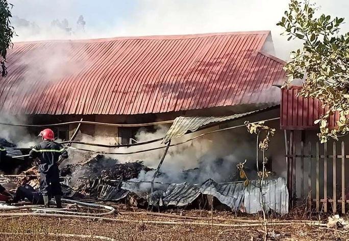 Cháy lớn tại Cơ sở Bảo trợ xã hội Madagui Đạ Huoai - Lâm Đồng - Ảnh 4.