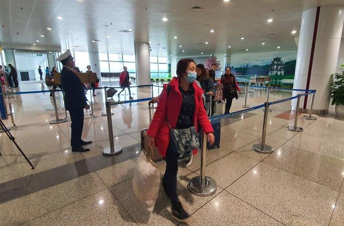 TP HCM khuyến cáo các hãng lữ hành không đưa khách đến Vũ Hán - Ảnh 1.