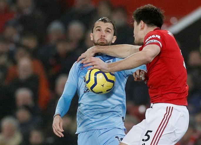 Man United thua sấp mặt, Burnley lập kỳ tích tại Old Trafford - Ảnh 5.