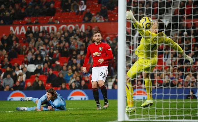 Man United thua sấp mặt, Burnley lập kỳ tích tại Old Trafford - Ảnh 6.