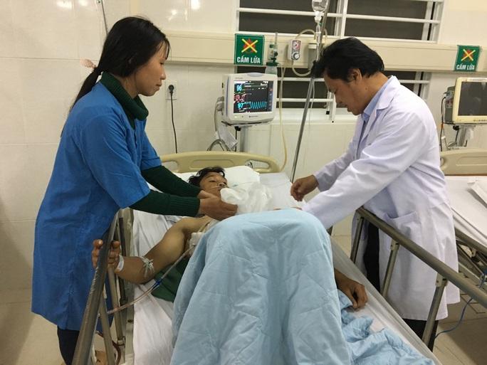 Những nụ cười đêm giao thừa tại bệnh viện Thiện Hạnh - Ảnh 5.