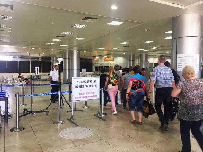 Bệnh nhân chết vì virus corona ở Khánh Hòa: Chủng virus cũ, không liên quan đến virus Vũ Hán - Ảnh 2.