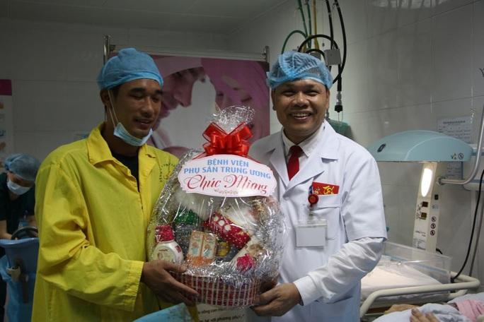 Công dân nhí nặng 3,5 kg xông đất Bệnh viện Phụ sản Trung ương - Ảnh 7.