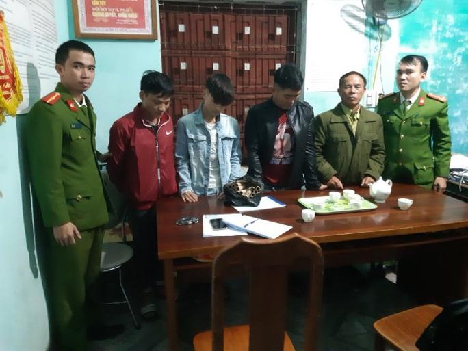 """Quảng Bình: 52 đối tượng đốt pháo """"đón giao thừa""""  bị bắt giữ - Ảnh 3."""