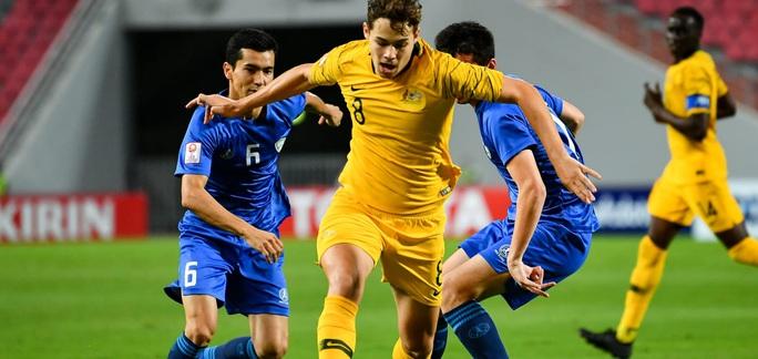 Đánh bại ĐKVĐ Uzbekistan, U23 Úc giành vé dự Olympic 2020 - Ảnh 5.