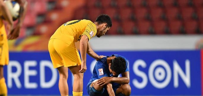 Đánh bại ĐKVĐ Uzbekistan, U23 Úc giành vé dự Olympic 2020 - Ảnh 7.