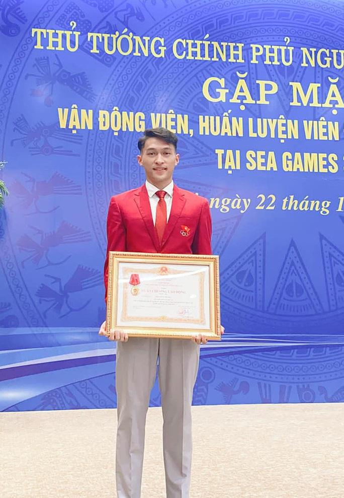 Người múa quạt Trần Nhật Hoàng và hat-trick vàng SEA Games 30 - Ảnh 5.