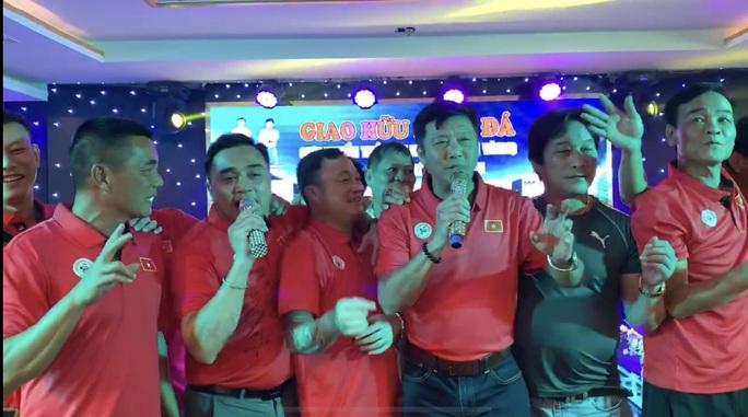 Nghị định 100 và chuyện cầu thủ Việt ủng hộ Uống rượu bia, không lái xe - Ảnh 2.