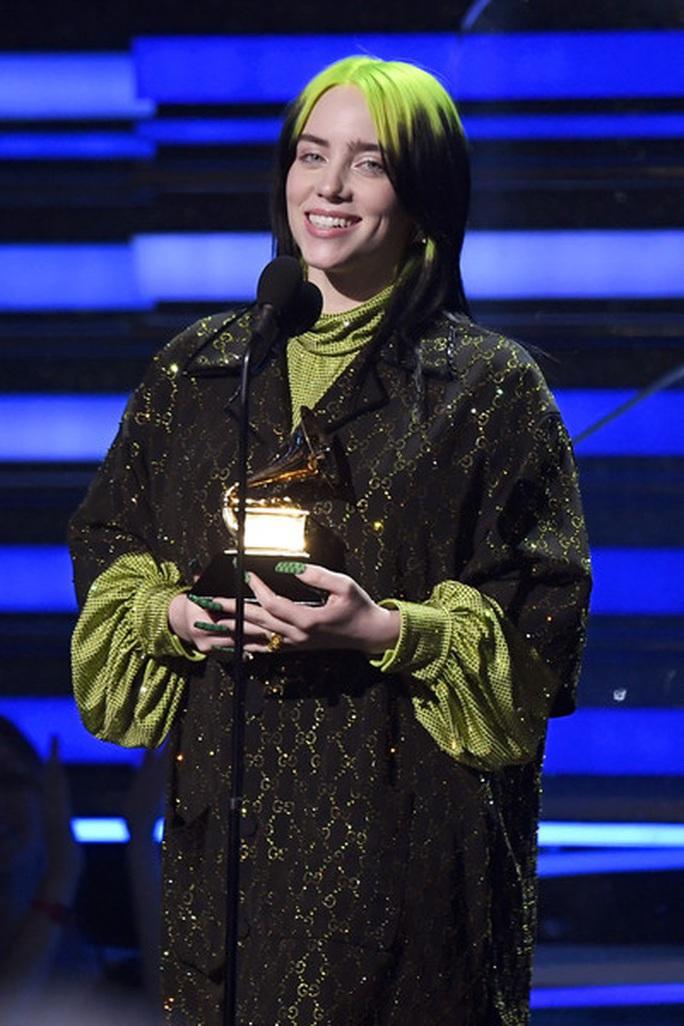 Billie Eilish chiếm trọn Grammy 2020 - Ảnh 1.