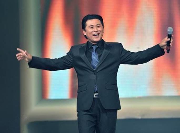NSND Tạ Minh Tâm: Tuổi Tý 60 vẫn còn sung - Ảnh 1.