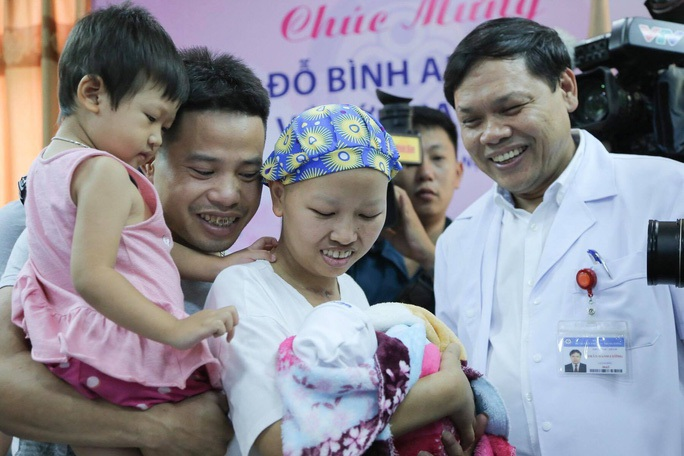 Cái Tết đầu tiên của bé Bình An, con người mẹ ung thư vú giai đoạn cuối - Ảnh 3.