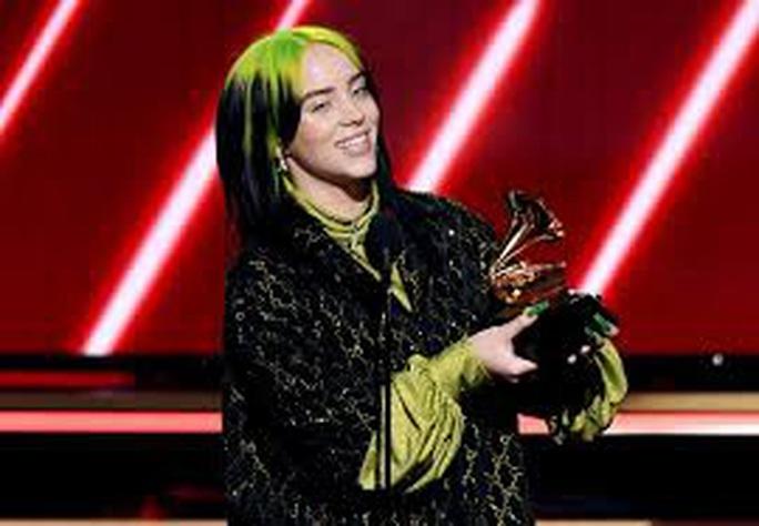 Billie Eilish chiếm trọn Grammy 2020 - Ảnh 2.