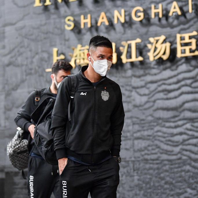 CĐV Thái Lan chỉ trích AFC vì Buriram United phải sang Trung Quốc thi đấu trong tâm bão Corona - Ảnh 2.